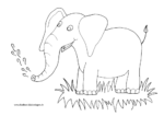 Freudiger Elefant mit Wasserfontäne