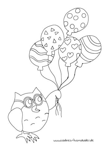 Eule Eumil fliegt mit bunten Luftballons